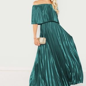 Holiday Green Pleated Dress